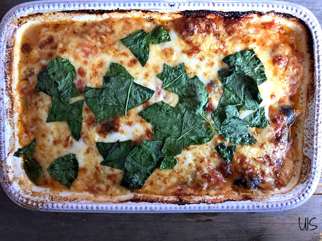 Berenjenas y calabacines a la parmesana (courgette parmagiana)