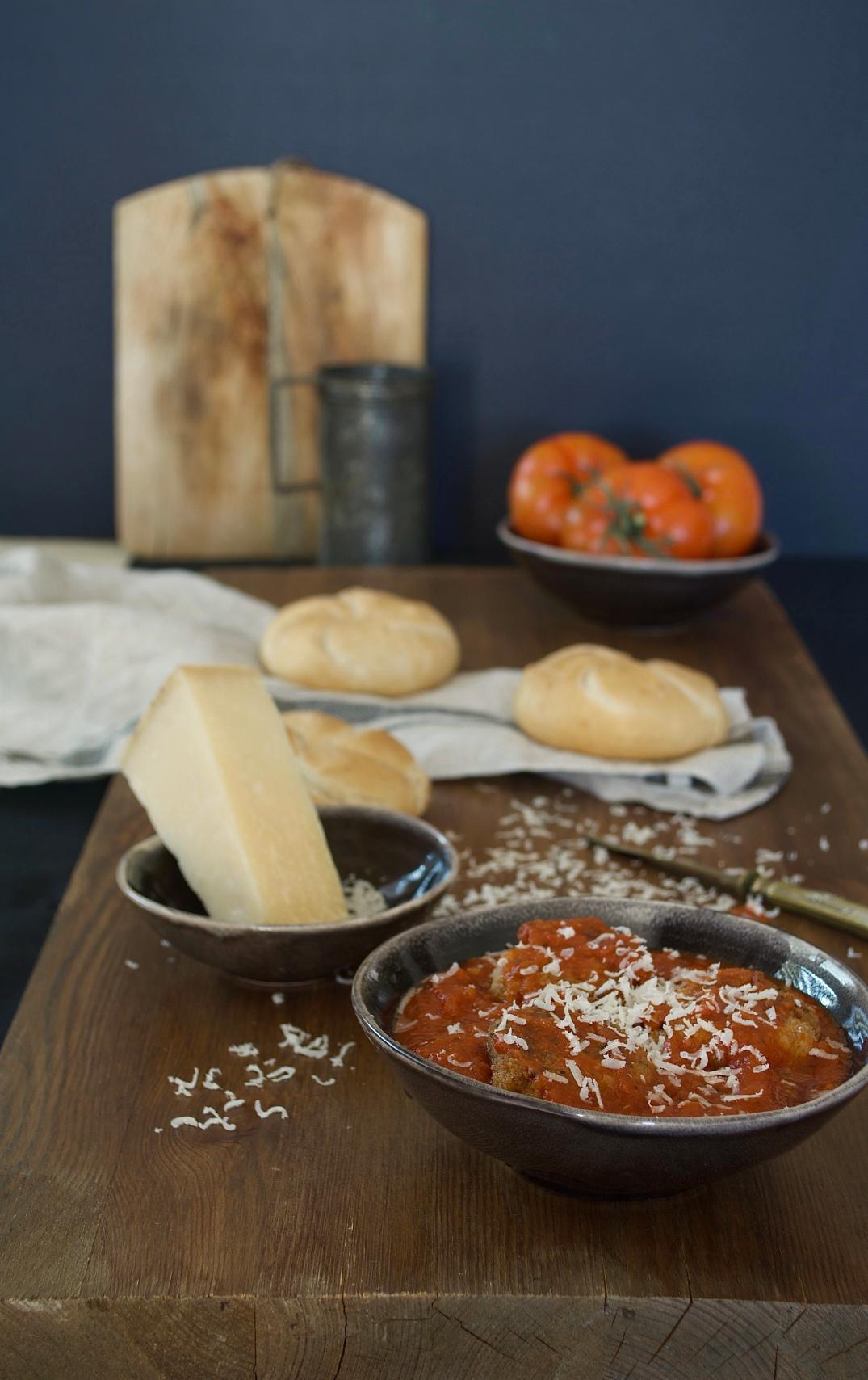 Albondigas de berenjena con queso parmesano
